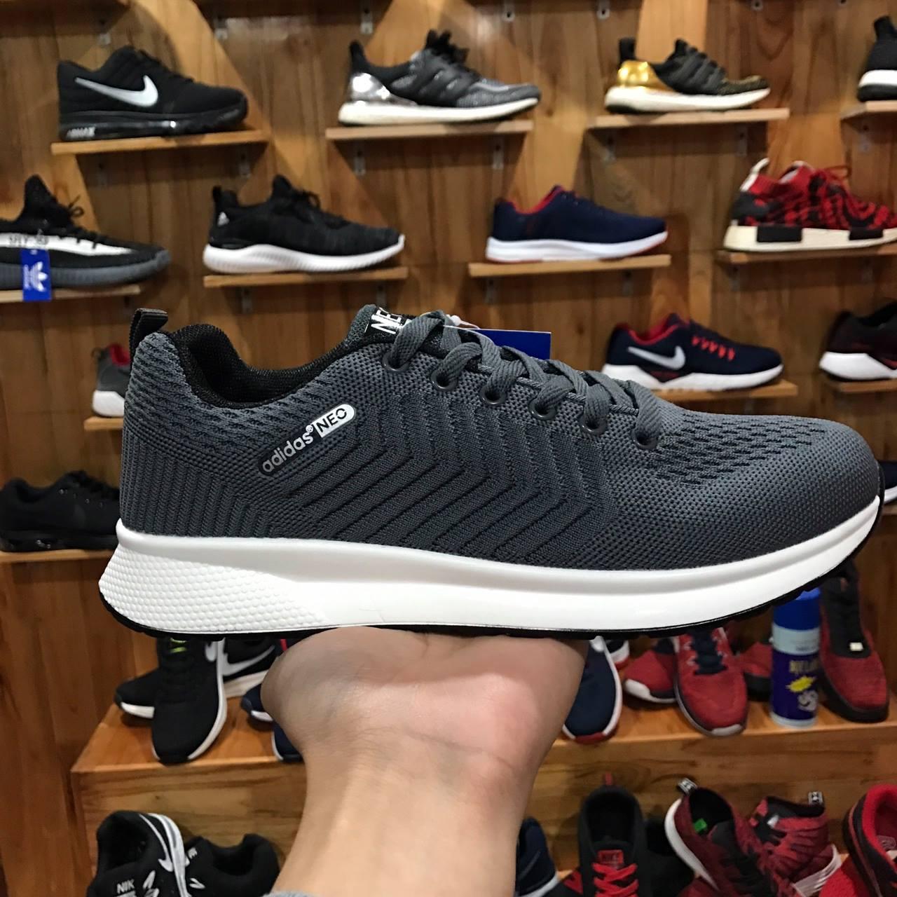 Giày Adidas Neo xám đậm mũi tên