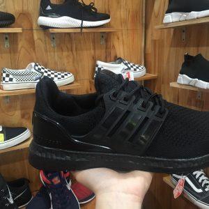 Giày Ultra Boost f1 full đen