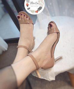 Sandal bọc gót bịt sau